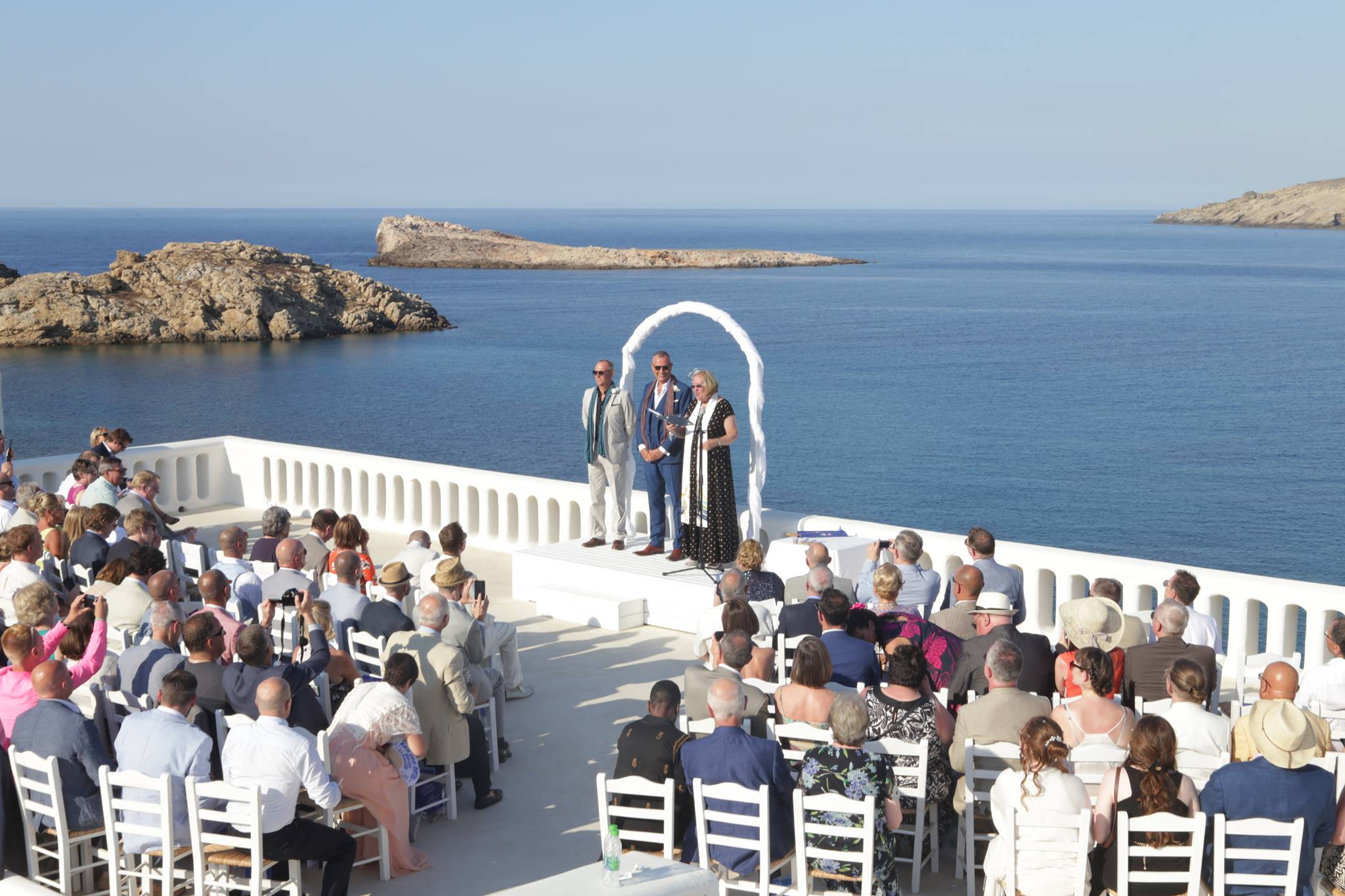 Destination wedding Celebrant, alternative Celebrant